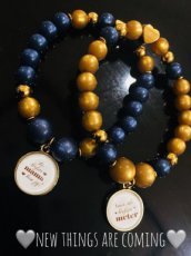 armband blue and gold met tekst